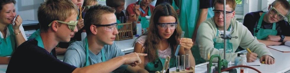 Chemieunterricht am Louise-Henriette-Gymnasium
