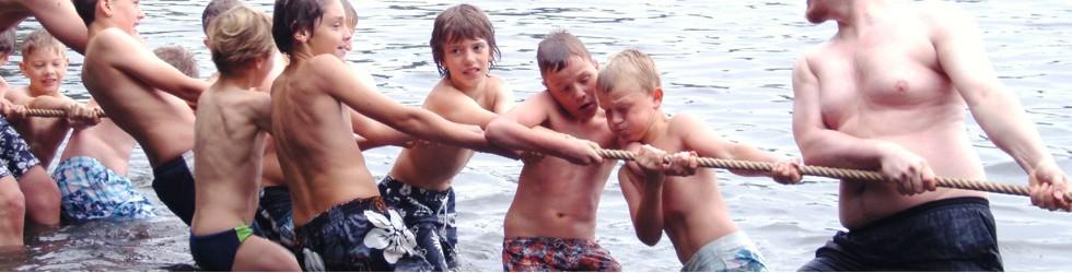 Tauziehen im Wasser